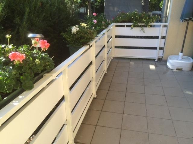 Balkonbretter Robust 20 Cm Breite In Weiß Aus Kunststoff